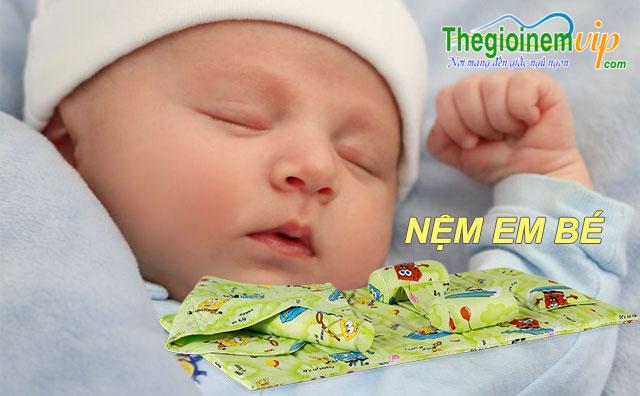 Nệm em bé 100% cao su thiên nhiên
